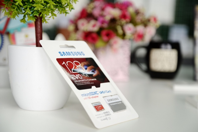Thẻ nhớ 128GB MicroSDXC Samsung EVO Plus 5